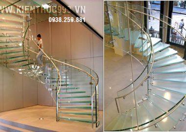 Cầu thang kính - vẻ đẹp kiến trúc nhà ở hiện đại.