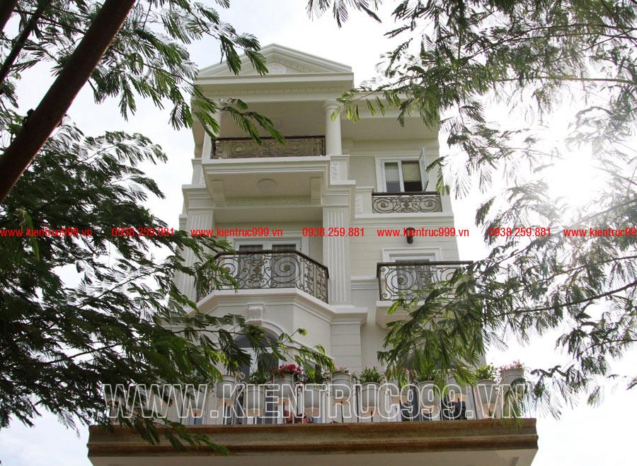 Nhà đẹp cổ điển 4 tầng mặt tiền 6m khẳng định đẳng cấp.